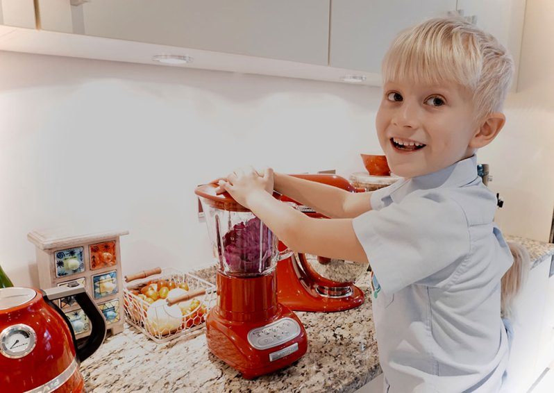 kitchen science experiments with my boy