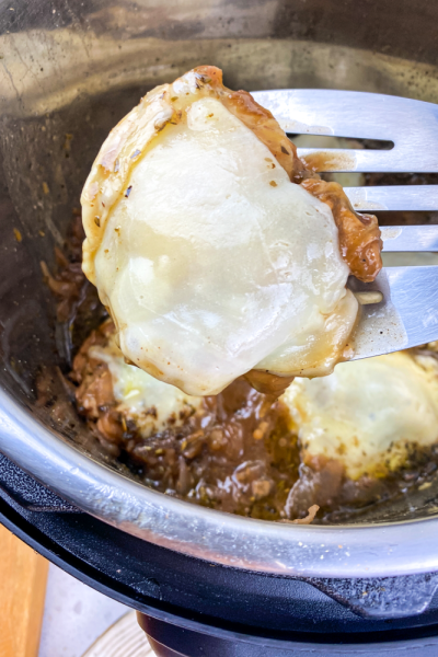 Instant Pot French Onion Chicken(4)