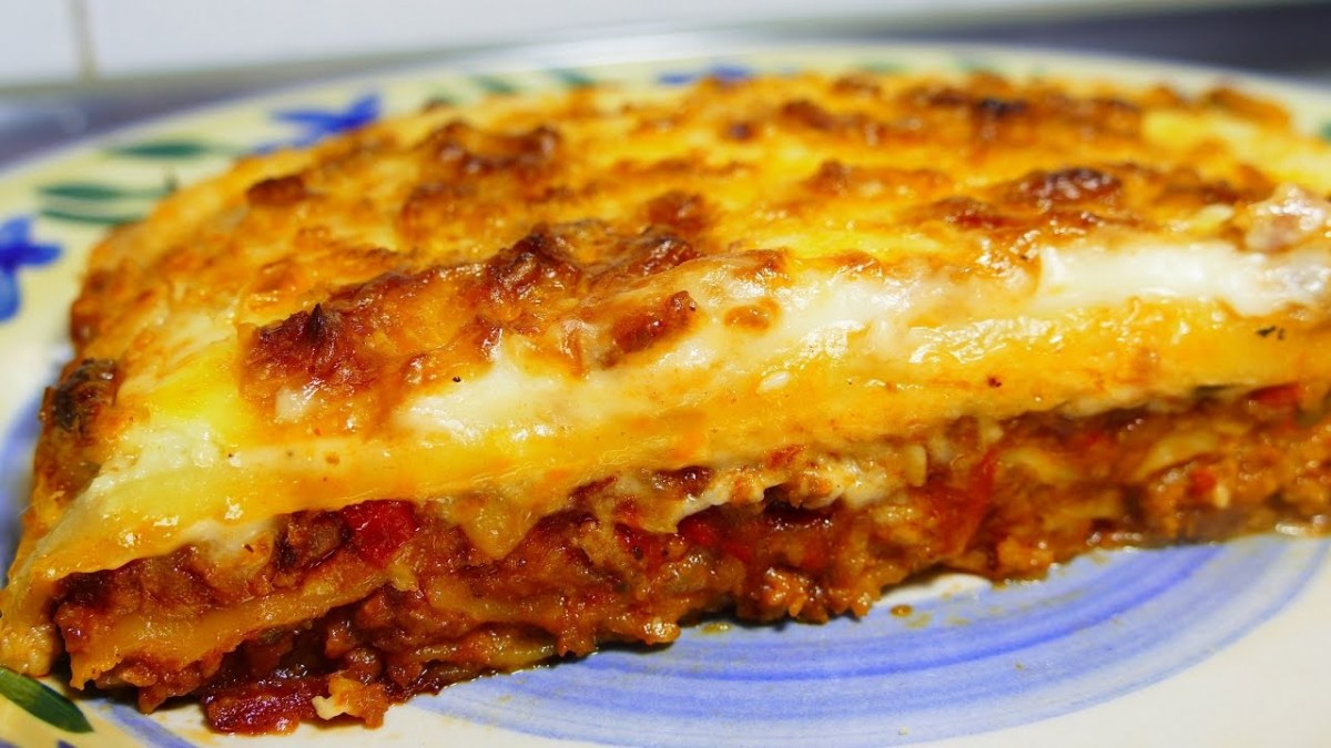 Easy lasagna recipe with bechamel sauce tasty food recipes for easy lasagna recipe with bechamel sauce tasty food recipes for dinner to make at home video easy italian recipes forumfinder Images