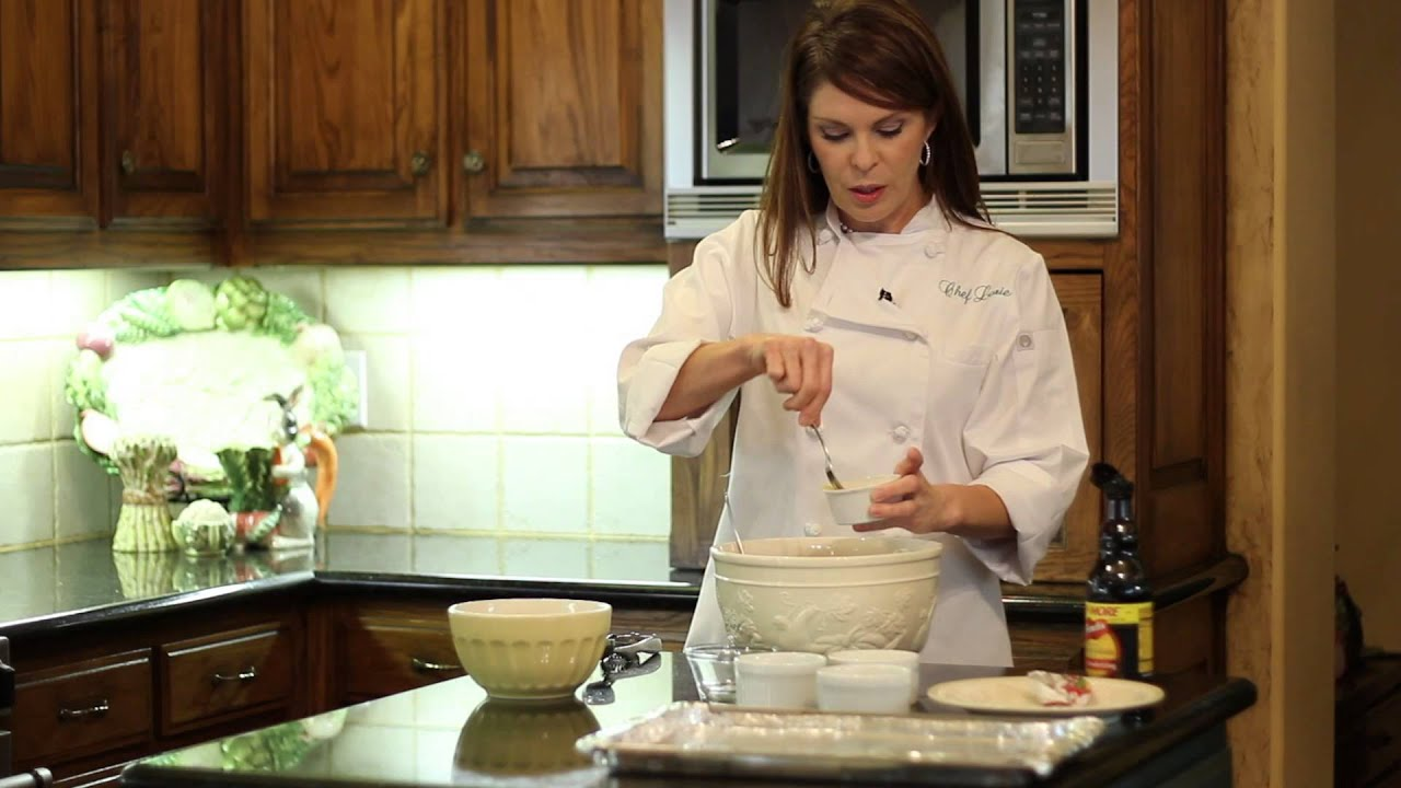 How to Make Tiny Meatballs – Italian Cuisine (VIDEO)
