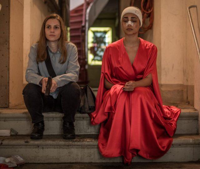 Shelter Naomi Neta Riskin And Mona Golshifteh Farahani Sit In The Doorway Of Their Hamburg Safehouse Copyright Eitan Riklas