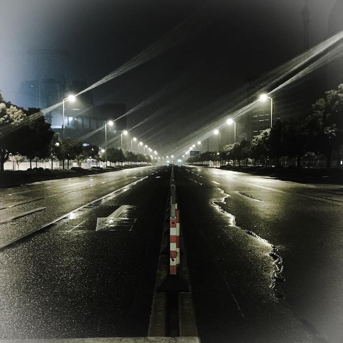 早朝の世紀大道 その1