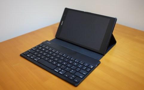 OSを選ばない薄型コンパクトなiBUFFALOのBluetoothキーボード