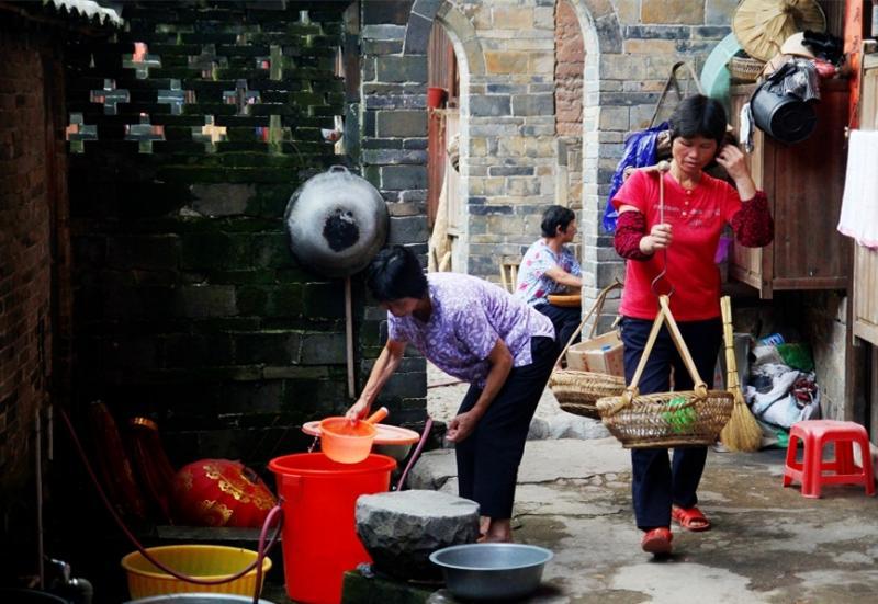 Xiamen Hakka tulou tours