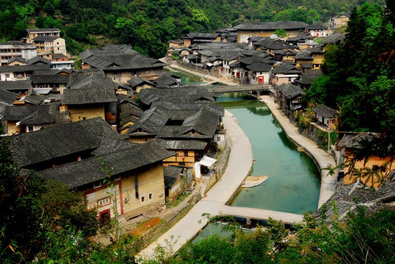 Fujian Hakka Tulou tours