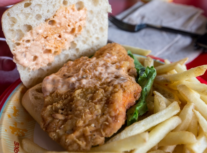 Studio Catering Spicy Chicken Sandwich Review Hollywood Studios