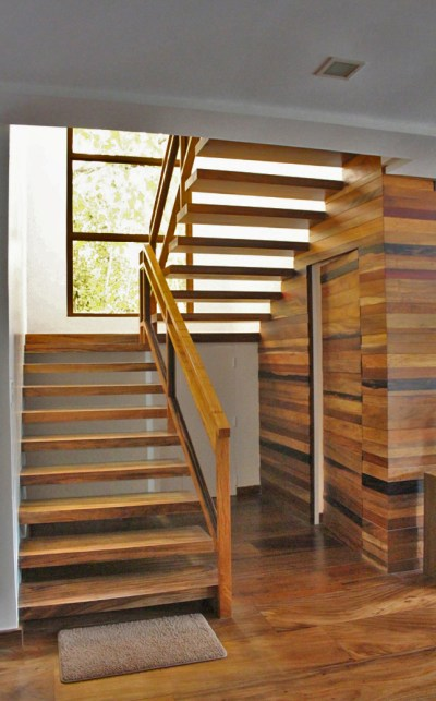 STAIRS - STEPS, HANDRAIL, BALUSTER, KINGPOST