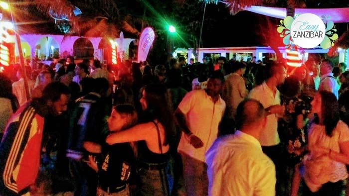waikiki party img