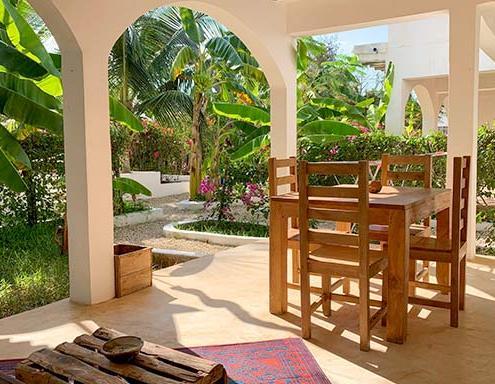 breeze-veranda-img