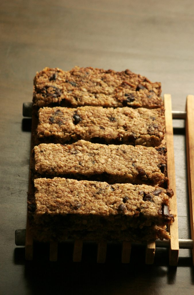 sugar free dairy free wheat free gluten free egg free vegan banana and date flapjacks with oats