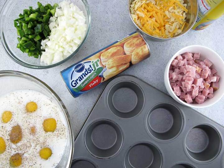 Breakfast Biscuits   eatatkates.com These biscuits make breakfast (or snacking) a snap. Pick any combo of meat, veggies, and cheese you like, bake them and store for easy on-the-go eating!