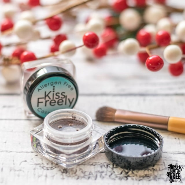 kiss freely eye shadows