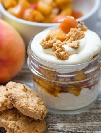 Maple Cheesecake Apple Parfait in a jar with cookies