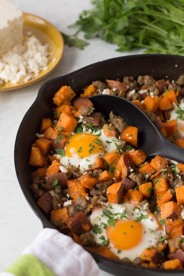 sweet potato breakfast hash in cast iron pan