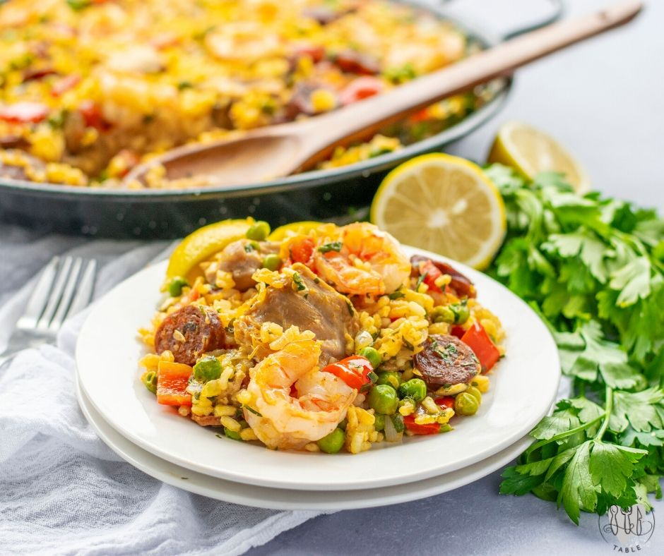 plate of paella mixta