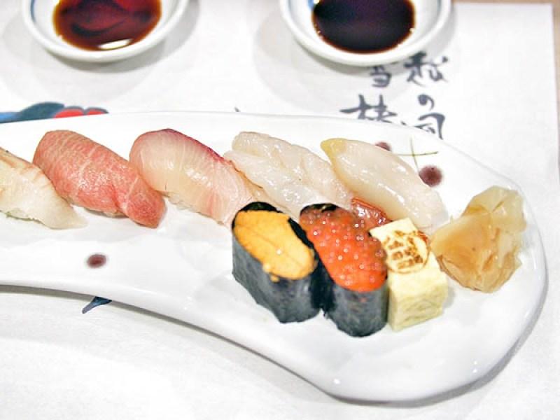 tomi-sushi-set
