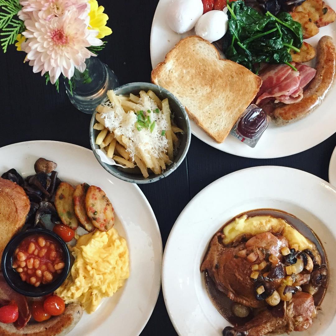 popular brunch cafes - cafe melba
