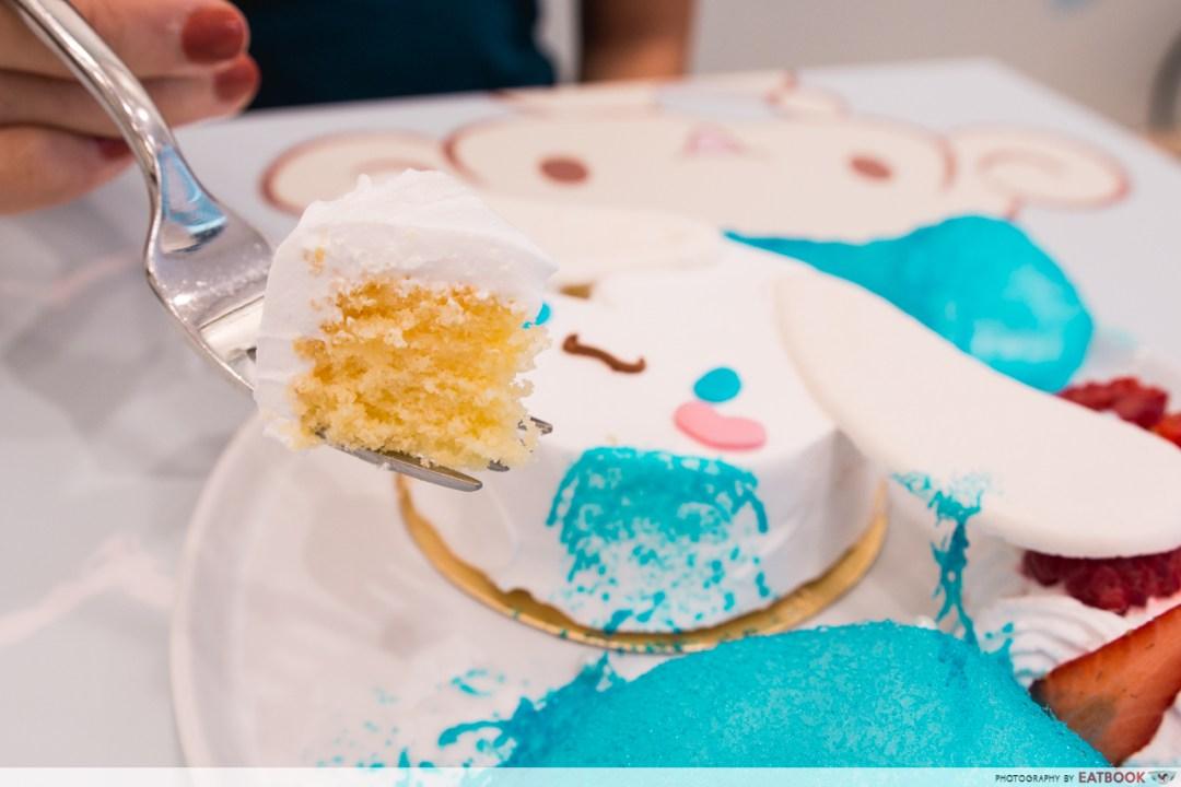 cinnamoroll cafe - chiffon cake