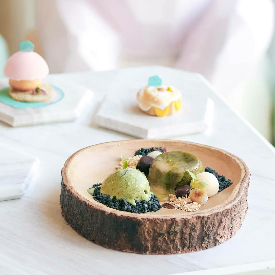 bangkok hipster cafe - shugaa food
