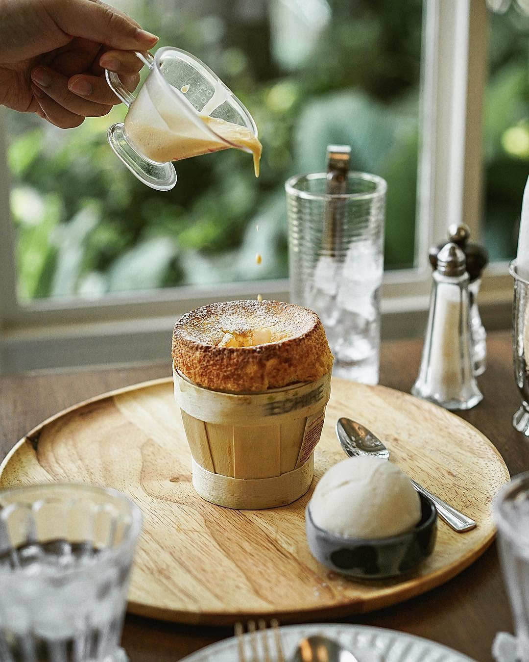 bangkok hipster cafe - souffle cafe
