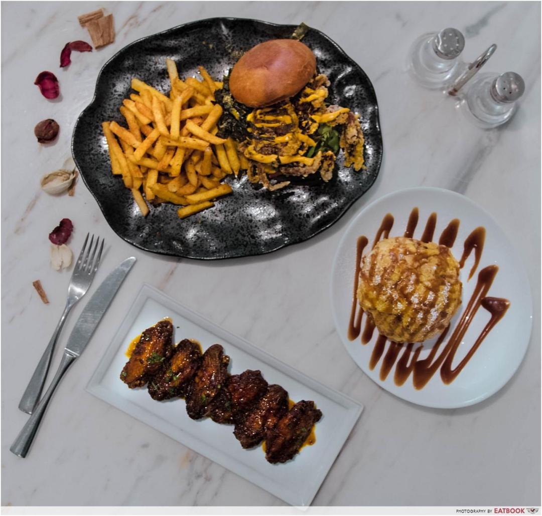 Yummo Chow - Food flat lay