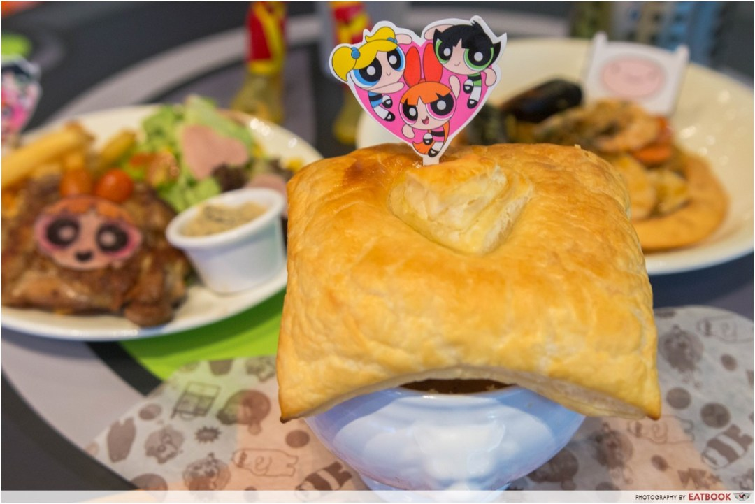 cartoon network cafe - powerpuff pie