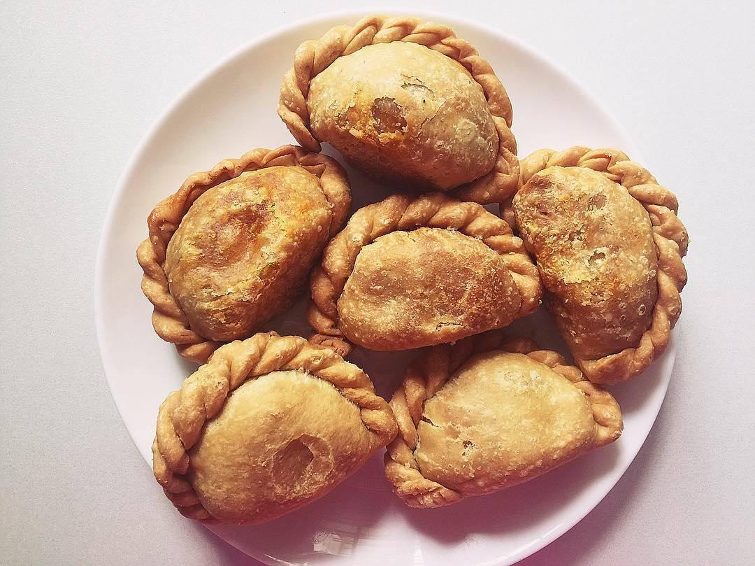 Underrated Curry Puff - Tip Top