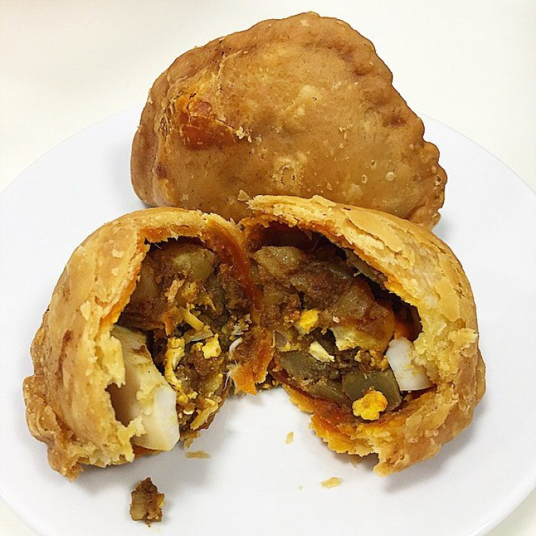 old school hawker stalls rolina curry puffs