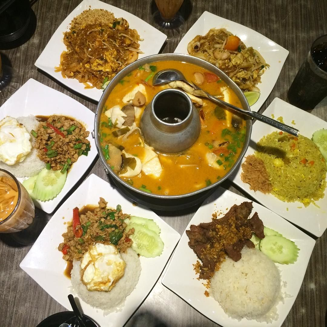 Late-Night Supper Spots - Aroy Dee Thai Kitchen