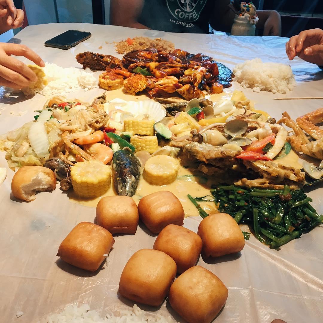 Halal Seafood Bucket - D.U.I.T Cafe Restaurant