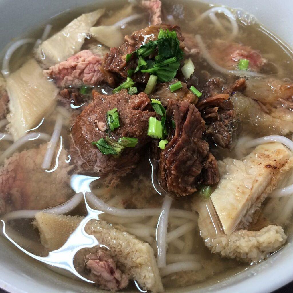 Beef Noodles Soup - Kheng Fatt Hainanese Beef Noodle