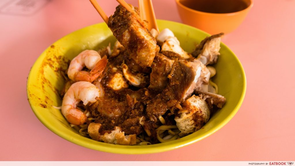 Golden Mile Food Centre - Chung CHeng Prawn Noodles