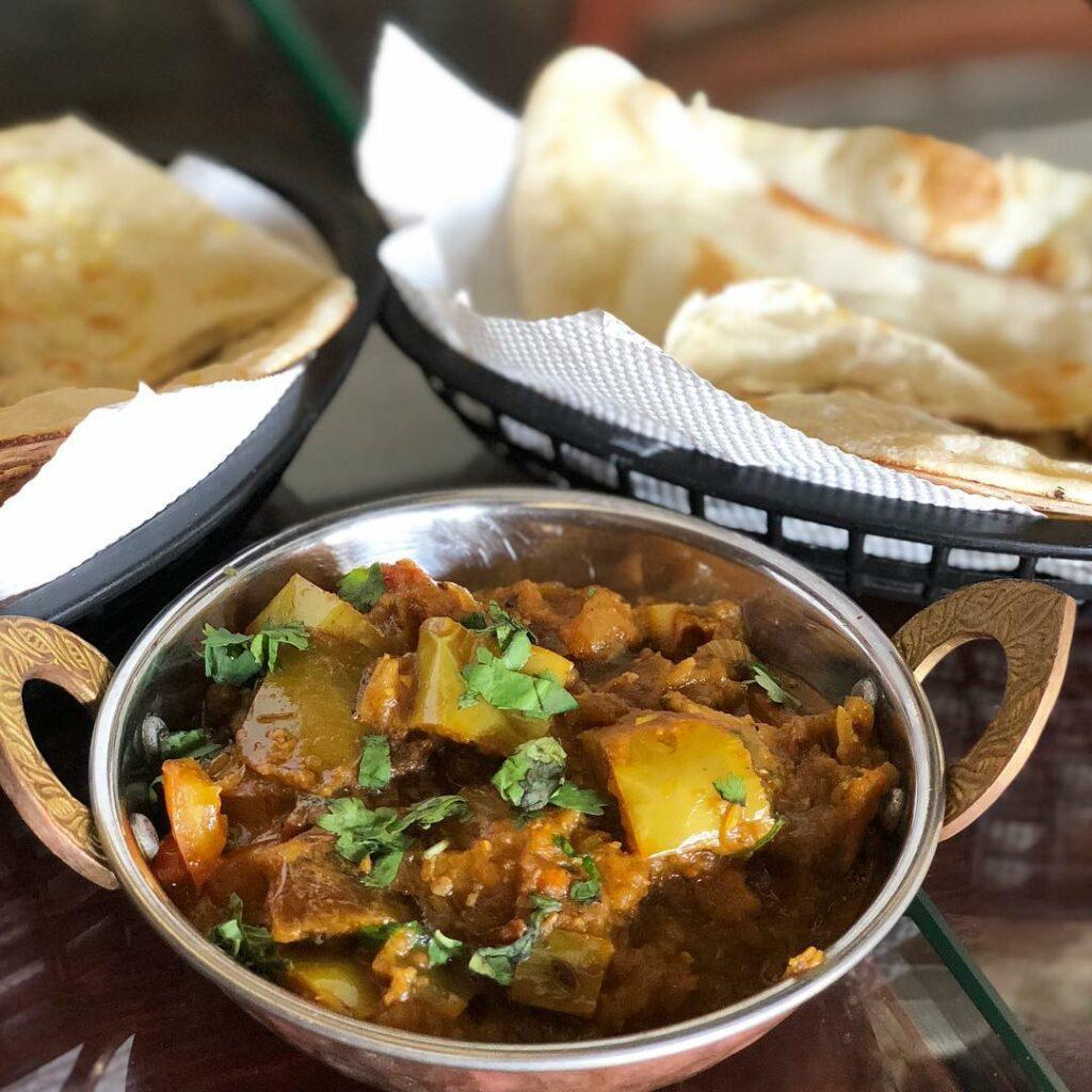 lorong chuan food Curry Magic.