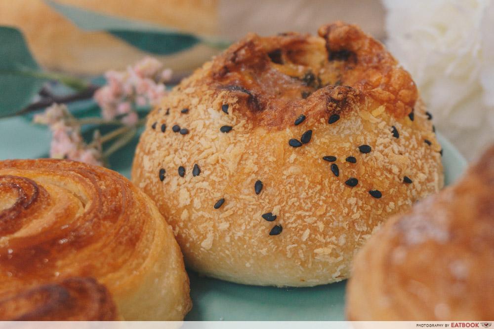 Bakery Brera - Volcano Chix Char Siew Bun