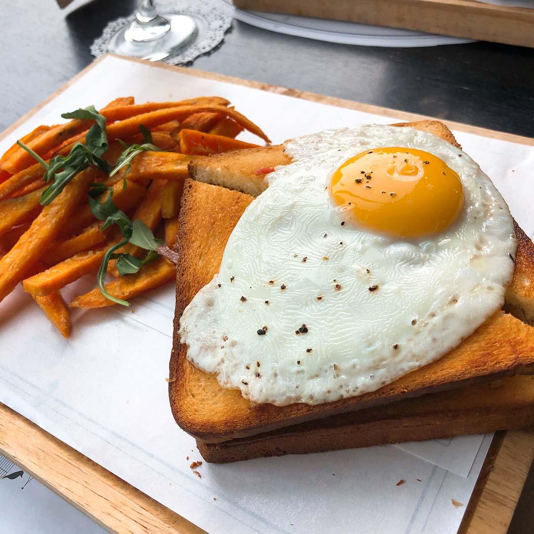 london dishes arteastiq duck confit sandwich