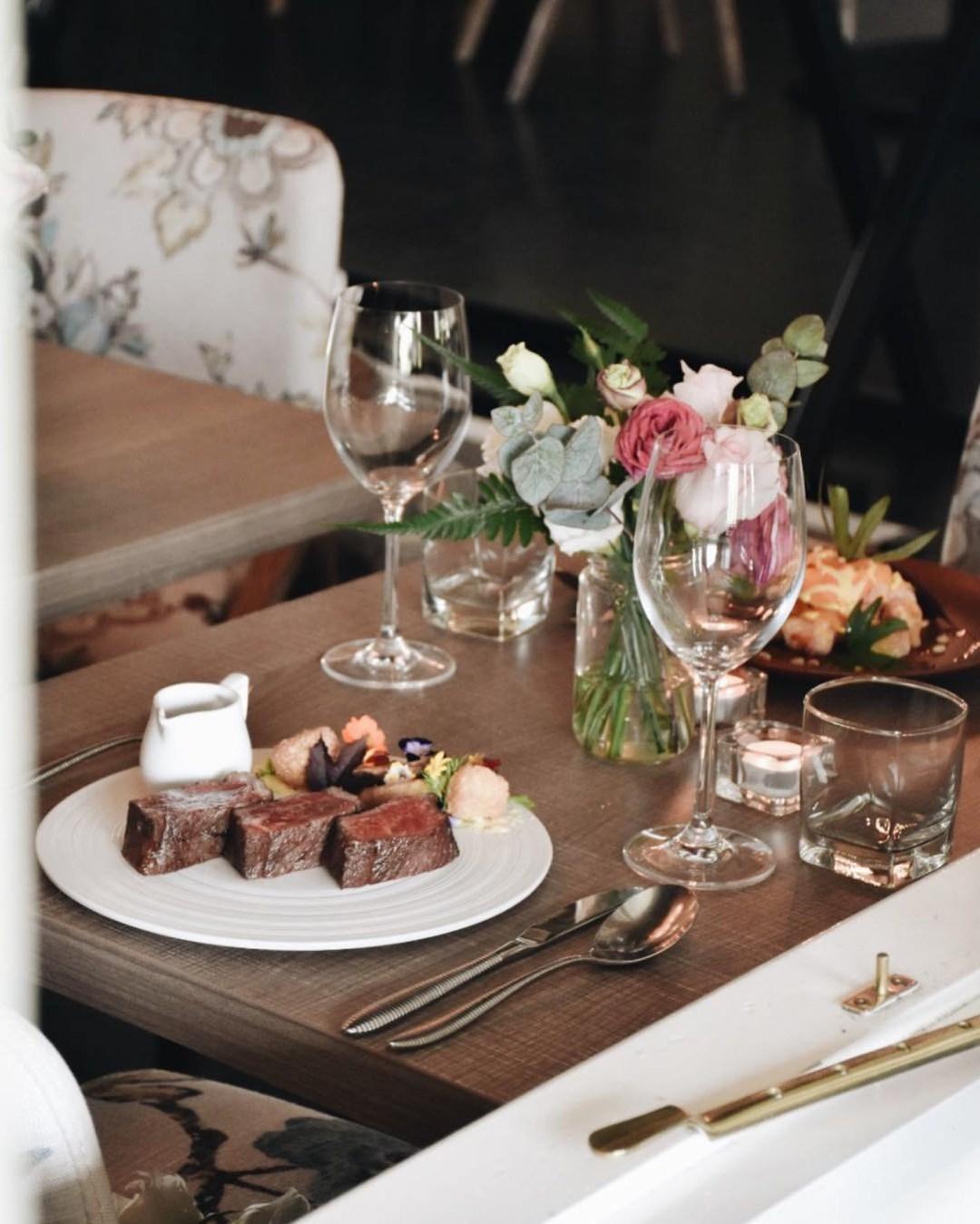 Romantic Restaurant - The Summerhouse Food