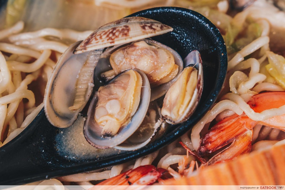 Seafood Pirates - Clams Closeup