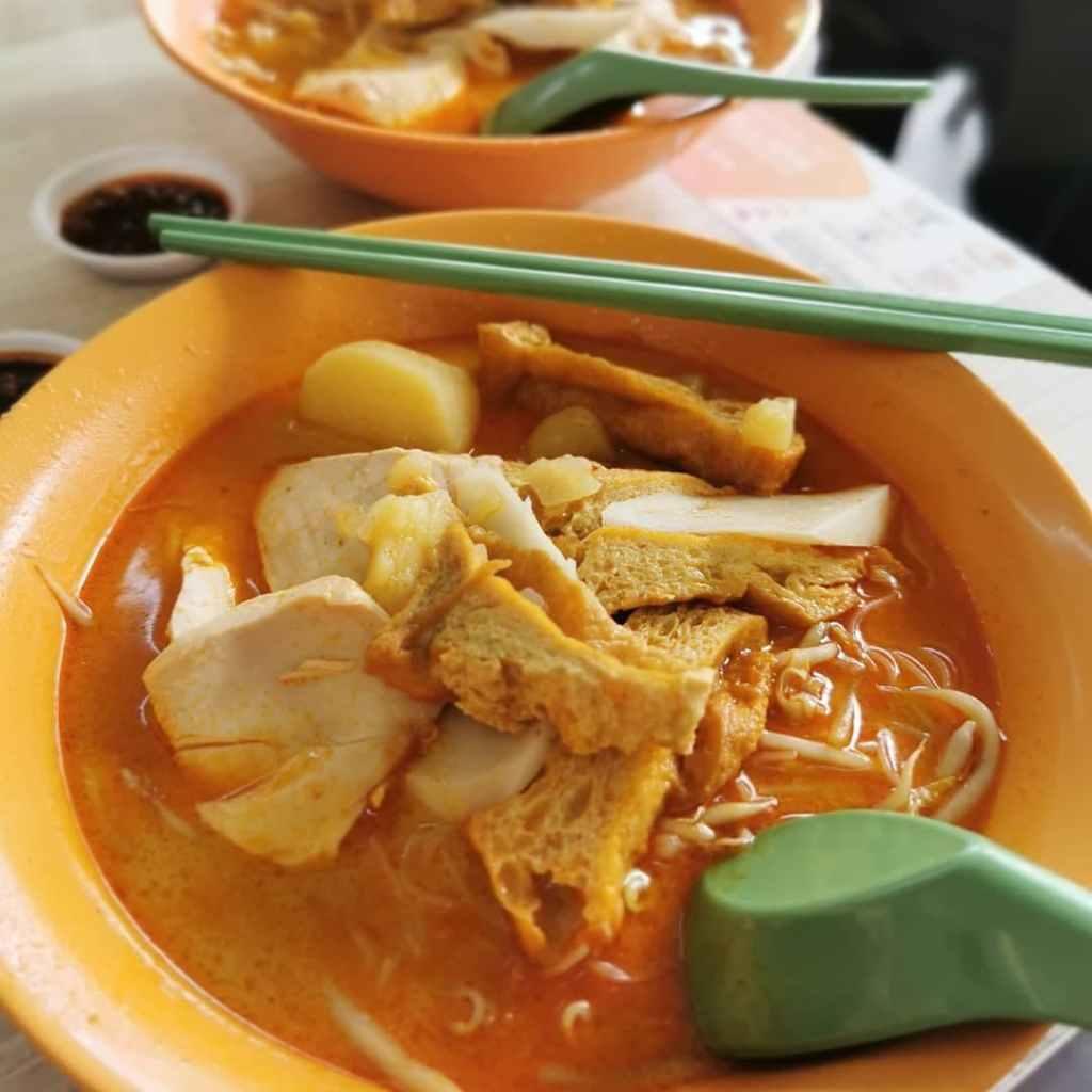Bugis Food - Ah Heng Curry Chicken Bee Hoon Mee