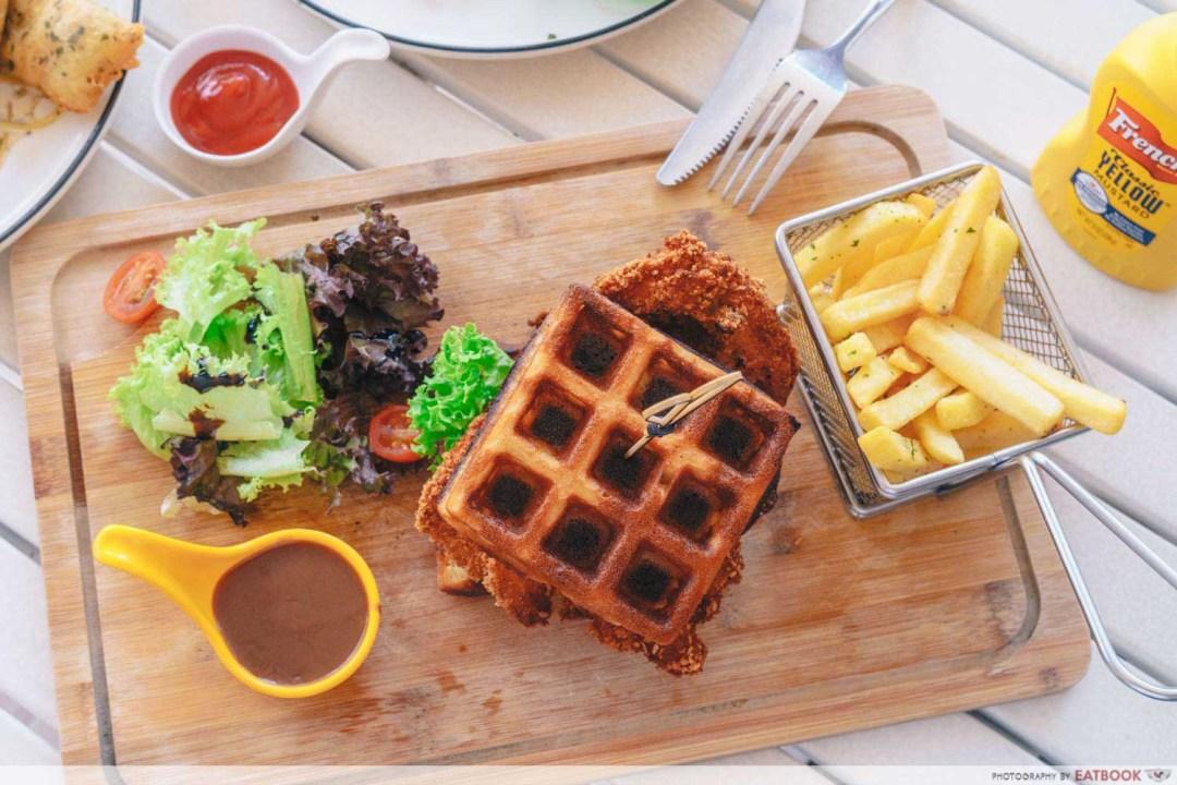 Craze Kitchen - Chicken run waffle burger