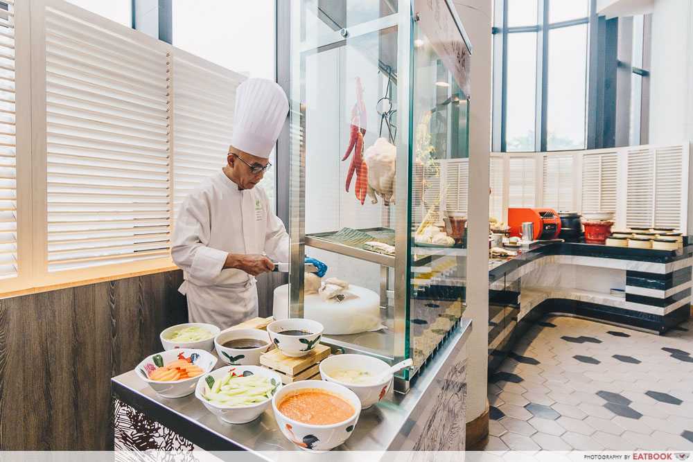 Holiday Inn Singapore Atrium Restaurant chicken rice station