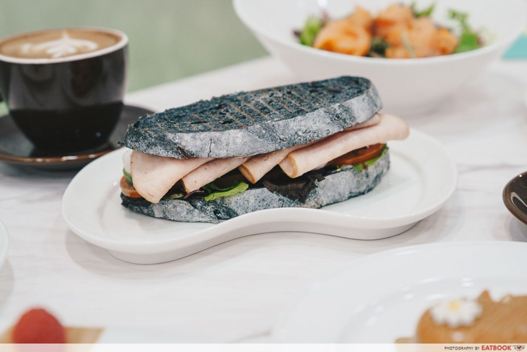 Bakerzin - Smoked Turkey Ham Sandwich