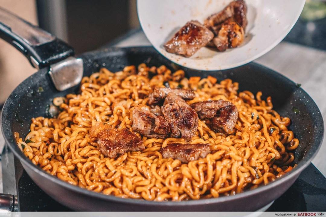 Instant Noodles Recipes - Steak Ram-don