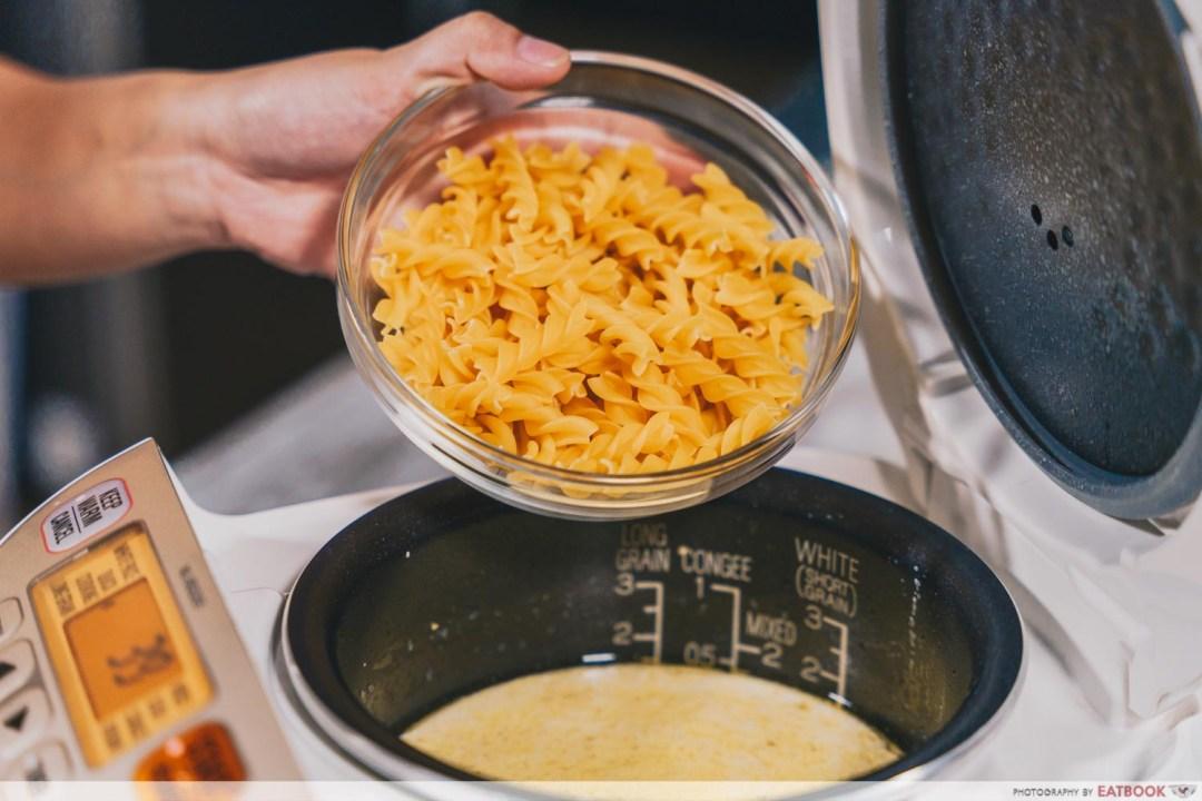 rice cooker mentaiko mac and cheese - pasta