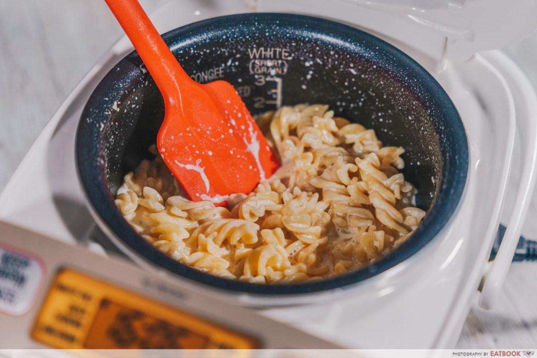 rice cooker mentaiko mac and cheese
