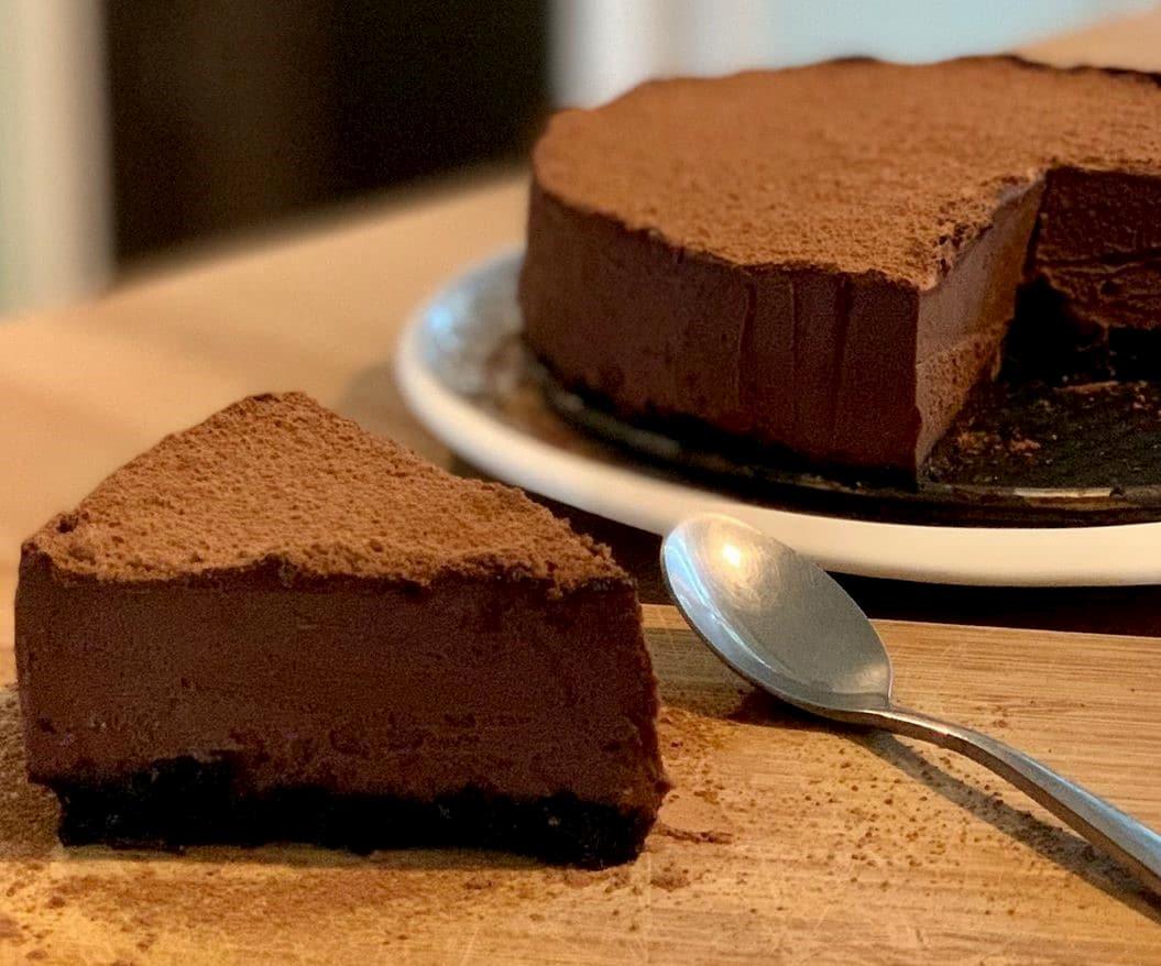 No Bake Cake Recipes - Chocolate Mousse Cake Slice