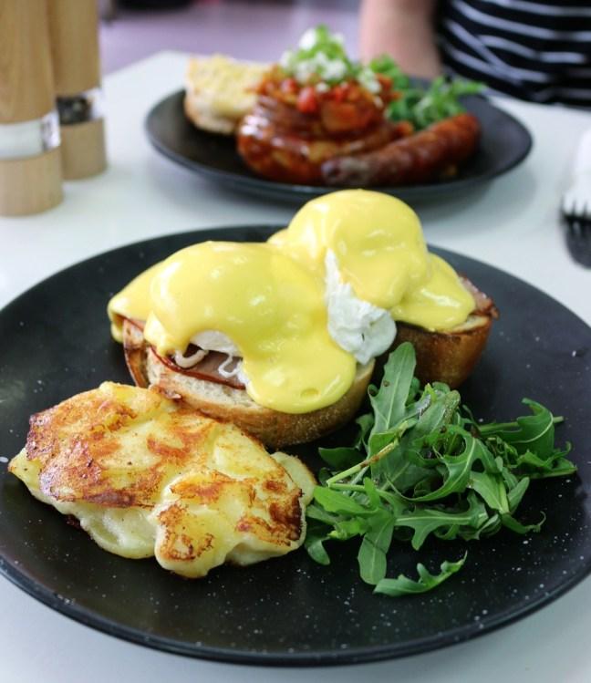 Breakfast in Yass