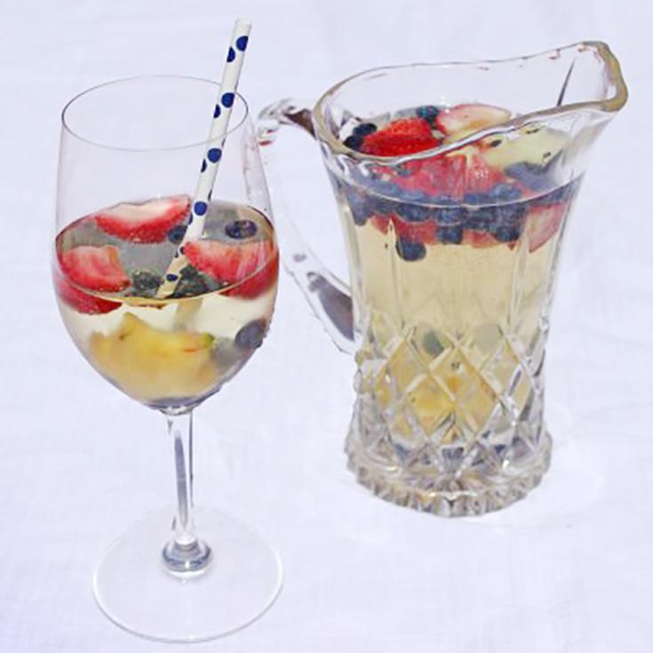 Patriotic Drink Recipe: Star Spangled Sangria Spritzer