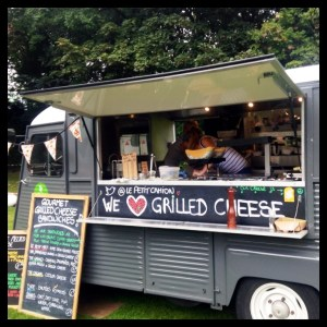 Le Petit Camion - Grilled Cheese Experts