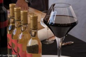 Unusual wine decanter