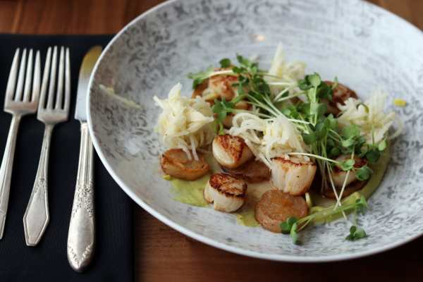 Friday Harbor House (Scallop Special)